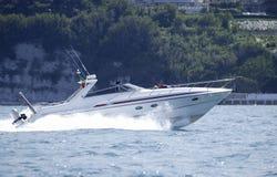 Het lopen powerboat Stock Afbeelding
