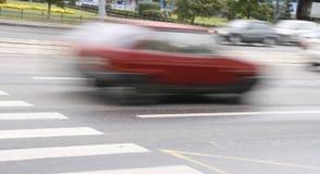 Het lopen van auto's stock afbeeldingen