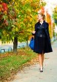 Het lopen van de vrouw Royalty-vrije Stock Afbeelding