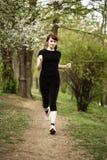 Het lopen van de vrouw Royalty-vrije Stock Foto's