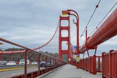 Het lopen van Golden gate bridge royalty-vrije stock afbeelding