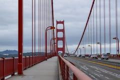 Het lopen van Golden gate bridge stock foto's