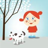 Het lopen van het meisje hond Stock Foto's