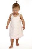Het Lopen van het Meisje van de baby Stock Fotografie