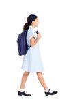 Het lopen van het schoolmeisje Stock Fotografie