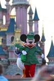 Het lopen van Mickey Mouse Royalty-vrije Stock Foto's