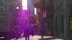 Het lopen van Philadelphia van de de zomerzonsondergang het lichte straatleven 4k Pennsylvania de V.S. stock footage