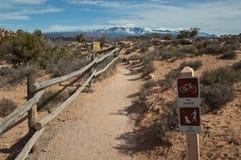 Het lopen van sleep in het Nationale Park Utah van Bogen Royalty-vrije Stock Afbeelding