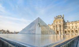 Het Louvre, Parijs royalty-vrije stock foto's