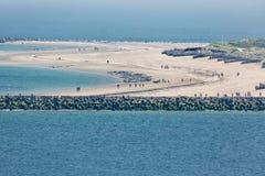 Het luchtduin van het menings Duitse eiland met verbindingen bij het strand Royalty-vrije Stock Foto's
