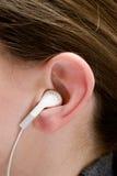 Het luisteren aan de Muziek Stock Fotografie