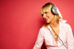 Het luisteren muziek 2 Stock Fotografie