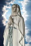 Het maagdelijke standbeeld van Mary royalty-vrije stock fotografie