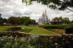Het Magische Koninkrijk van het Kasteel van Cinderella in Orlando, FL Stock Foto's