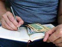 Het maken van berekening van huisbegroting planning royalty-vrije stock foto's