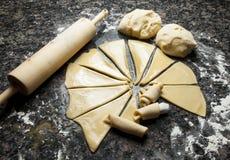 Het maken van Broodjes Stock Afbeeldingen