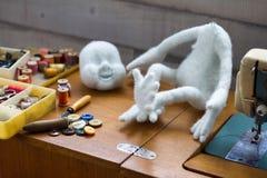 Het maken van met de hand gemaakt speelgoed Royalty-vrije Stock Fotografie