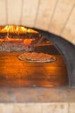 Het maken van pizza Stock Foto