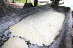 Het maken van tapioca, Venezuela Stock Fotografie