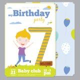 Het malplaatje van de de Uitnodigingskaart van de verjaardagspartij met leuk Stock Fotografie
