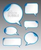 Het malplaatje van verschillende lege blauwe toespraak borrelt met gebogen hoek voor dialoog en gedachte mededeling Stock Fotografie