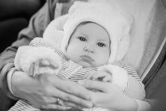 Het mamma houdt een babydochter royalty-vrije stock foto's