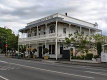 Het Martinbourough-Hotel Schitterende Victoriaanse hostelry in heary van het de wijnbouwland van Nieuw Zeeland stock foto
