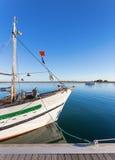 Het mast visserijschip bij het dok portugal Stock Foto's