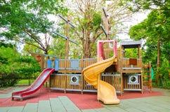 Het materiaal van de kinderenspeelplaats Stock Fotografie