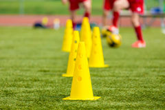 Het materiaal van de voetbalvoetbal; het voetbalgebied van de opleidingsvoetbal Royalty-vrije Stock Fotografie