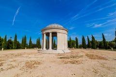Het mausoleum van de Maskinfamilie, Rood Eiland (Crveni otok), Rovinj, Kroatië Stock Foto