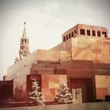 Het Mausoleum van de muur van Lenin en van het Kremlin op Rood Vierkant, Moskou stock afbeeldingen