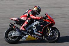 Het maximum Rennende Team van Biaggi Aprilia RSV4 Aprilia Stock Afbeeldingen