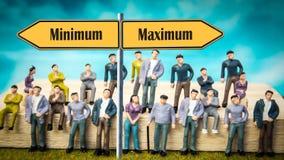 Het Maximum van het straatteken tegenover Minimum royalty-vrije stock foto
