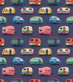 Het medio patroon van jaren '50 cartoonish kampeerauto's Stock Foto