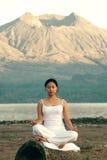 Het Mediteren van de vrouw Royalty-vrije Stock Foto's