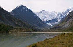 Het meer Ak -ak-kem van de berg Stock Afbeelding