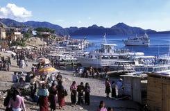 HET MEER ATITLAN VAN LATIJNS AMERIKA GUATEMALA Royalty-vrije Stock Foto's