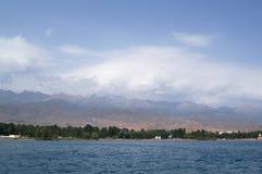 Het Meer issyk-Kul van de berg Royalty-vrije Stock Afbeeldingen