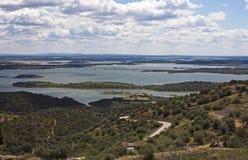 Het meer van Alqueva, Monsaraz Stock Afbeeldingen
