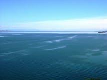 Het meer van Baikal, Rusland Open plekken Mening van de berg Het meer Baikal is het diepste meer in de Wereld Royalty-vrije Stock Afbeelding