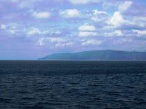 Het meer van Baikal, Rusland Open plekken Mening van het water Het meer Baikal is het diepste meer in de Wereld Stock Afbeelding