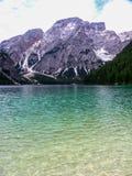 Het meer van Braies Stock Foto's