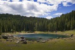 Het meer van Carezza Stock Fotografie