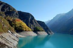 Het meer van de berg dichtbij Besançon, Franse Alpen Royalty-vrije Stock Afbeeldingen