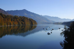 Het meer van de berg, Zwitserland Stock Afbeeldingen
