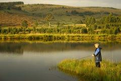 Het meer van de dame visserij Royalty-vrije Stock Foto