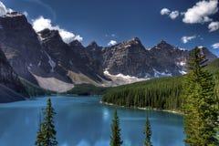 Het meer van de morene, Banff Nationaal Park, Canada Stock Afbeeldingen