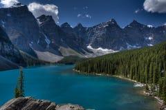Het meer van de morene, Banff Nationaal Park, Canada Royalty-vrije Stock Afbeeldingen