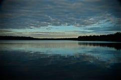Het meer van de ochtend Stock Foto's